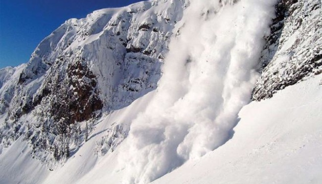 Avalanche risk still remains in Carpathian region of Ukraine
