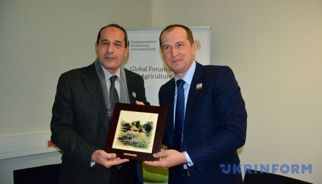 Україна і Єгипет наторгували минулого року майже мільярд доларів