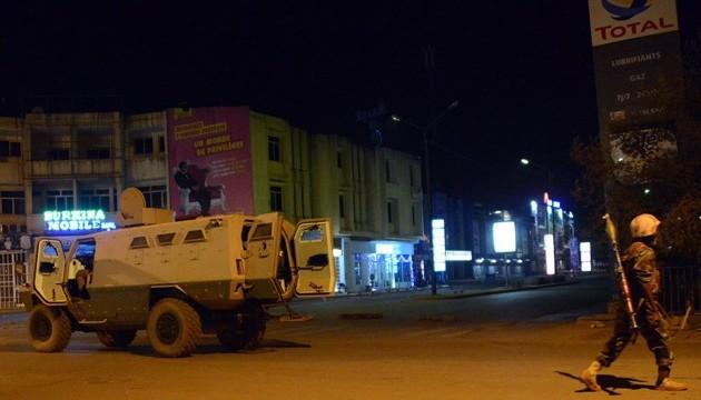 У Буркіна-Фасо бойовики атакували ресторан: 17 загиблих
