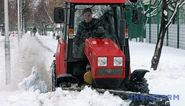 Из Киева за сутки вывезли более 6 тысяч тонн снега