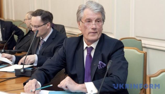 Ющенко вважає, що нормандський і мінський діалоги не мають успіху