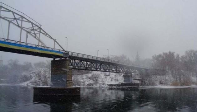 Вантажному транспорту заборонено в'їзд до Дніпропетровська