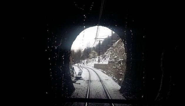 В УЗ назвали дату начала движения через новый Бескидский тоннель