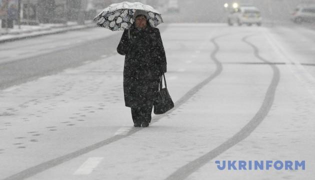 Харьковщину замело – толщина снежного покрова уже 35 см