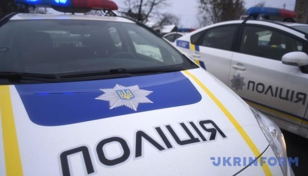 Масова бійка на Полтавщині: поліція застосувала зброю