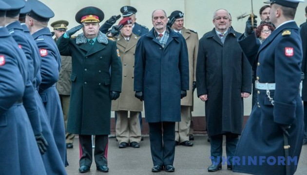 Defense ministers of Ukraine, Sweden and Lithuania meet in Kyiv
