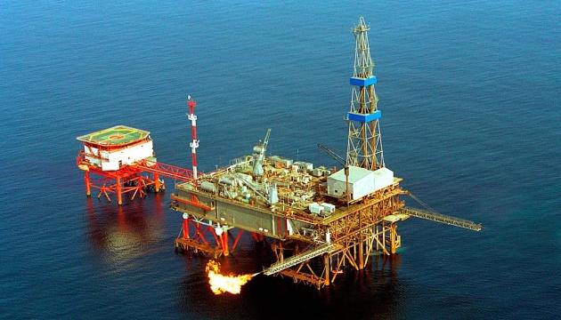 Нафта дешевшає через фіксацію прибутку і теракт у Британії