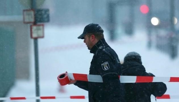 В Стокгольме неизвестные ворвались в кафе и устроили стрельбу