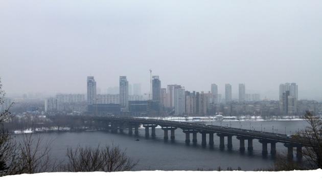 В столице перекрыли мост Патона