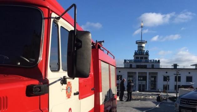 Адміністрація Річкового вокзалу в Києві заявляє про підпал