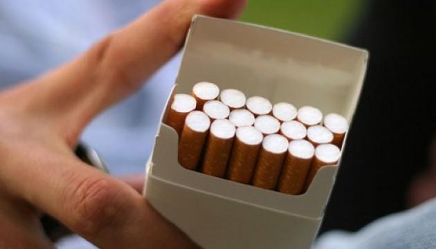 Українська молодь стала палити менше - експерти