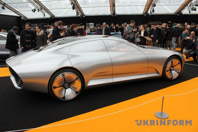 Mercedes-Benz, Concept IAA (Intelligent Aerodynamic Automobile)