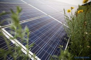 За сонячні батареї на даху в Бельгії видаватимуть гранти до €1500