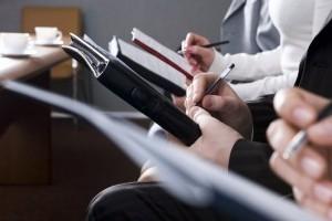 Рада отклонила предложения Кабмина о зарплатах госслужащих