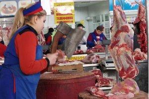 За рік подешевшали свинина і курятина - Держстат