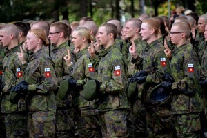 В Финляндии готовы рассмотреть введение призыва для женщин