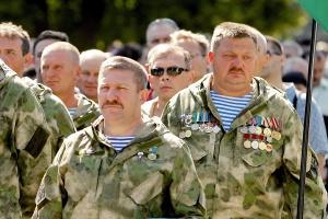 Ukraine ehrt Teilnehmer an Auslandseinsätzen