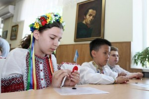Мир отмечает Международный день родного языка