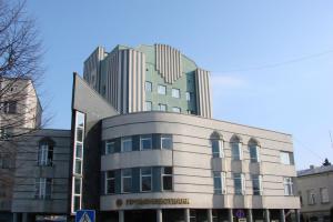 Акції Промінвестбанку таки продаватимуться на біржі в лютому: суд відмовив росіянам
