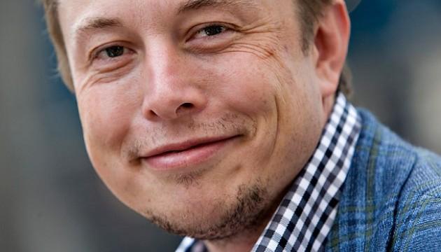 Глава SpaceX має намір відправитися в космос