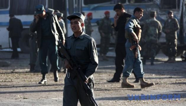 ІДІЛ ударила ракетами по аеропорту Кабула, куди прибув Меттіс