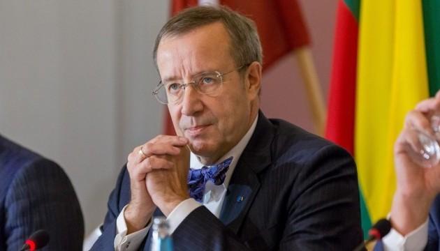 Експрезидент Естонії запропонував заборонити громадянам Росії в'їзд до ЄС
