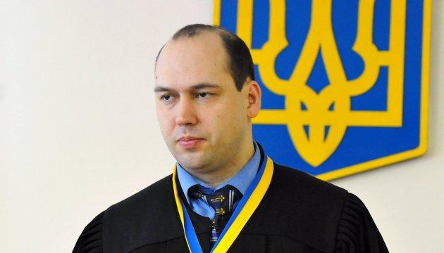 Суддя Вовк досі працює в Печерському суді