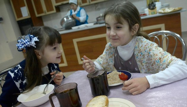 Kyiv increases funding of school breakfasts