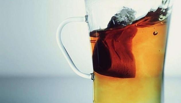Фахівці з'ясували, як пакетований чай впливає на організм людини