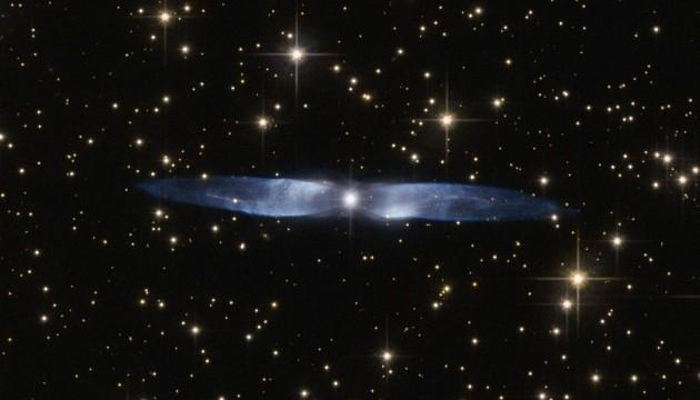 Телескоп Hubble сделал снимок ледяной голубой туманности