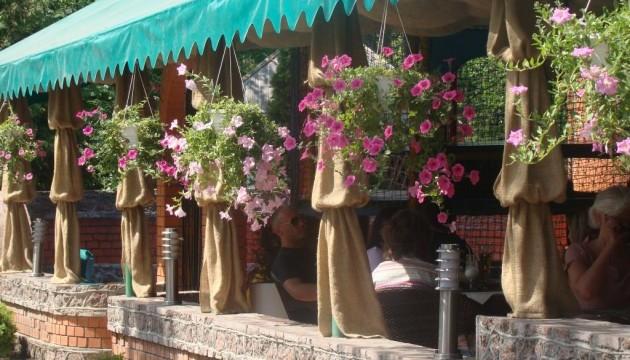 У центрі Києва хочуть заборонити літні майданчики ресторанів