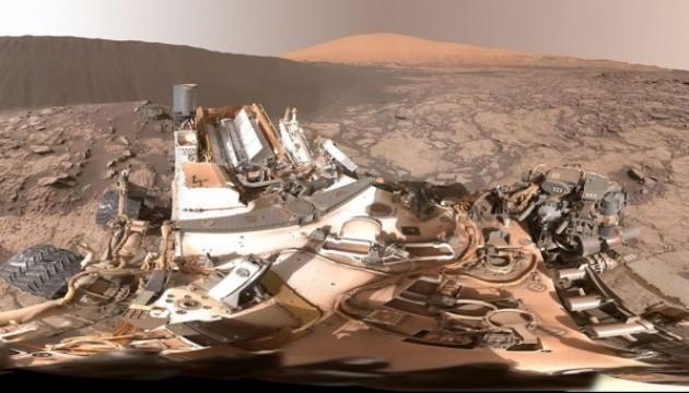 Екскурсія марсіанською дюною у 3D