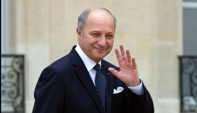 Media: French FM Laurent Fabius steps down