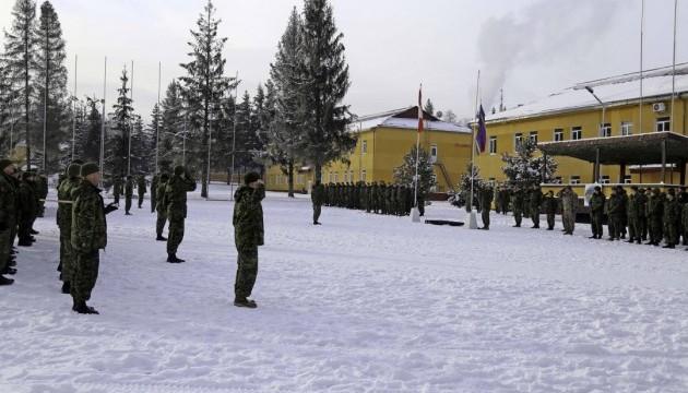Канада пока не хочет продолжать тренировать украинских военных - депутат