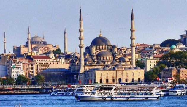 У Стамбулі закривають театри й музеї через коронавірус