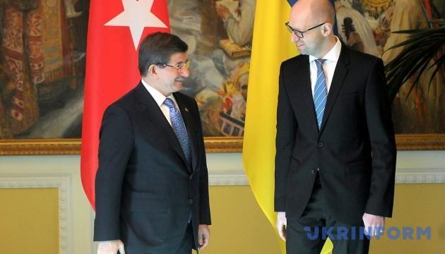 Давутоглу: Туреччина готова до ЗВТ з Україною