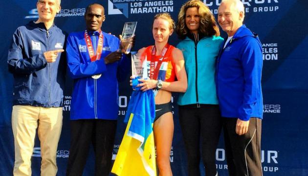 Украинка выиграла престижный марафон в Лос-Анджелессе