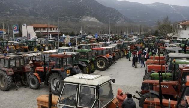 Греческие фермеры перекрыли сообщение с Турцией