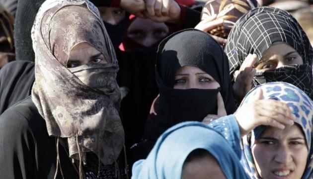 Секс-скандал в Кельне: мигрантки заявляют о домогательствах охранников