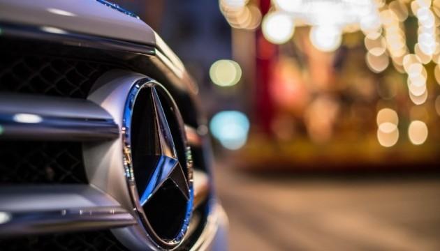 В США подан иск к Mercedes из-за выхлопных газов