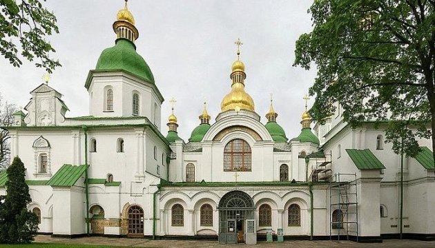 Poroshenko congratulates Ukrainians on Annunciation holiday today