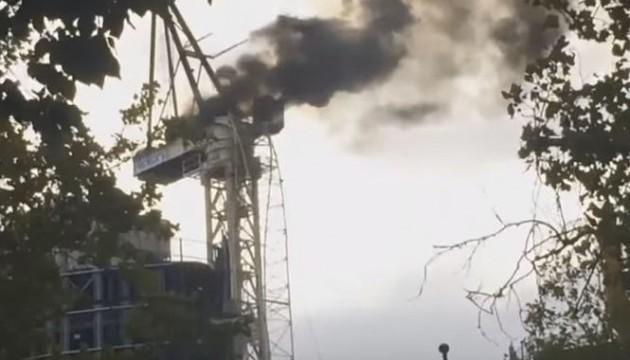 У Мельбурні пожежа обрушила будівельний кран
