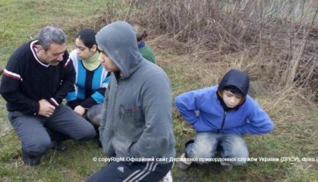 Прямуючи до Європи, п'ятеро афганців ризикнули потонути в Тисі
