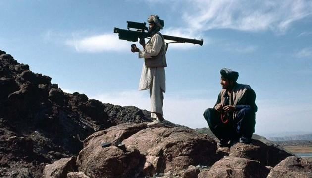 В Афганістані підірвали автобус з поліцейськими-новобранцями