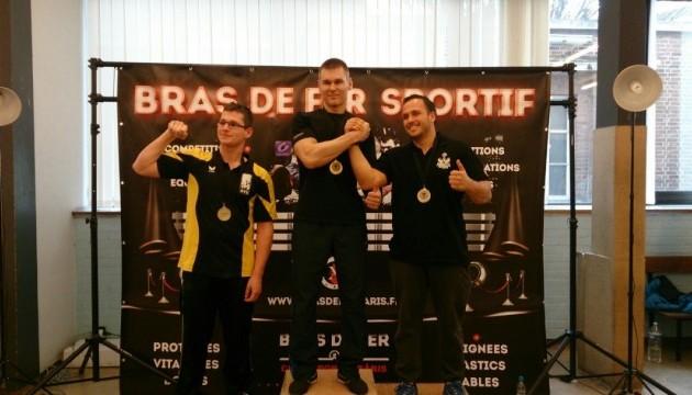 Украинский пограничник стал чемпионом Бельгии по армреслингу