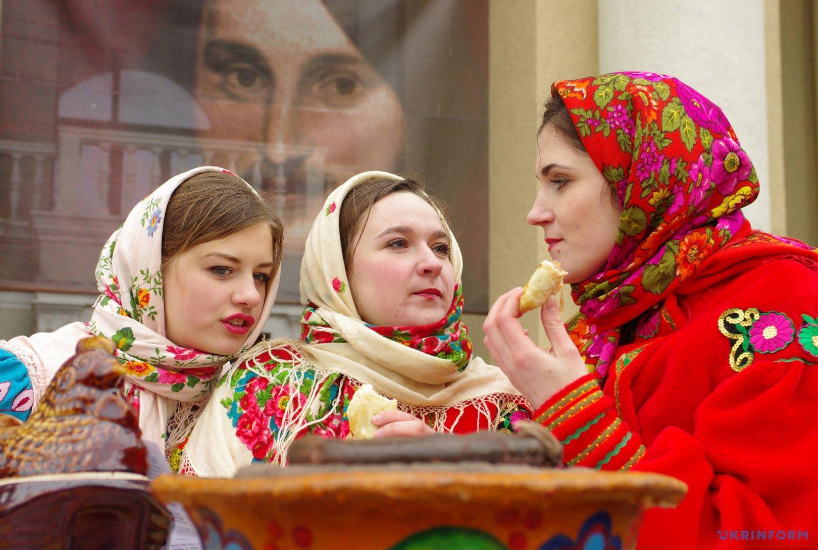 В Полтаве отпраздновали Масленицу / Фото: Сергей Пустовит, Укринформ