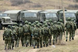 В ЄС назвали невиправданою концентрацію військ Росії на кордоні з Україною