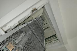 У Києві прийшли з обшуками до комунальників, які займались закупівлею ліфтів