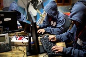 Кібератака на МЗС Австрії: «отруйні ведмеді» Росії?