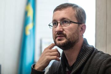 Dzhelyalov declara que continuará luchando contra la ocupación de Crimea